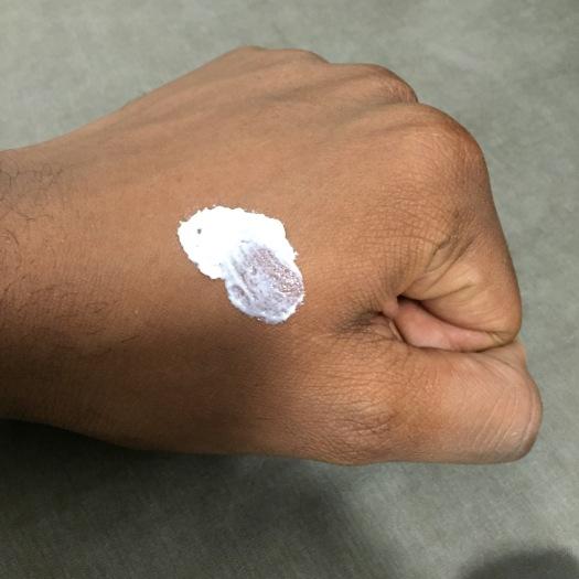 crème de jour unifiante biolissime sur peau mâte