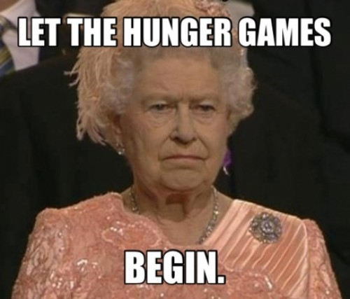 The-queen-during-the-opening-ceremony-let-the-hunger-games-begin-887d74df-sz500x427-animate