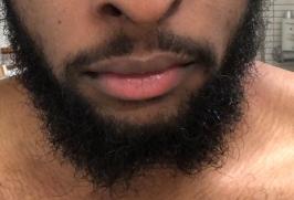 MonsieurJohn barbe de près à soigner